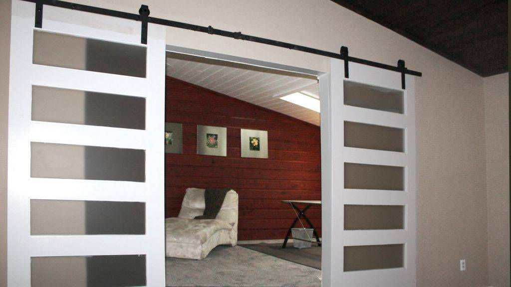 Sliding barn doors Indianapolis